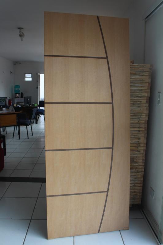 Porta Lisa Encabeçada Granja Viana - Porta em Madeira