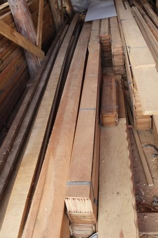 Quanto Custa Lambril de Cedrinho Granja Viana - Pontalete de Pinus