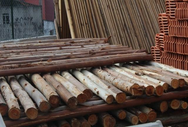 Quanto Custa Pontalete de Eucalipto Raposo Tavares - Pontalete de Pinus