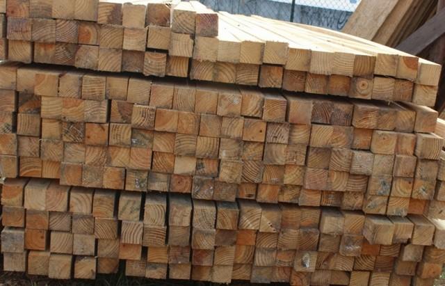 Quanto Custa Pontalete de Pinus Morumbi - Chapa Resinada
