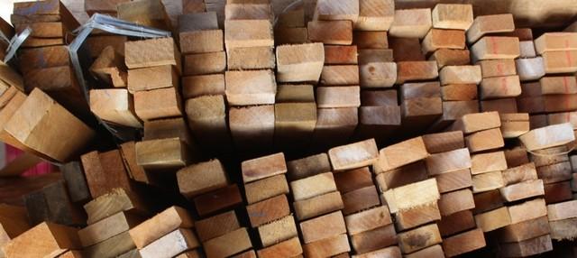 Ripão de Madeira Preço Cotia - Piso Laminado