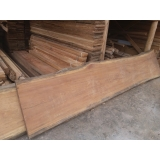 prancha de madeira rústica